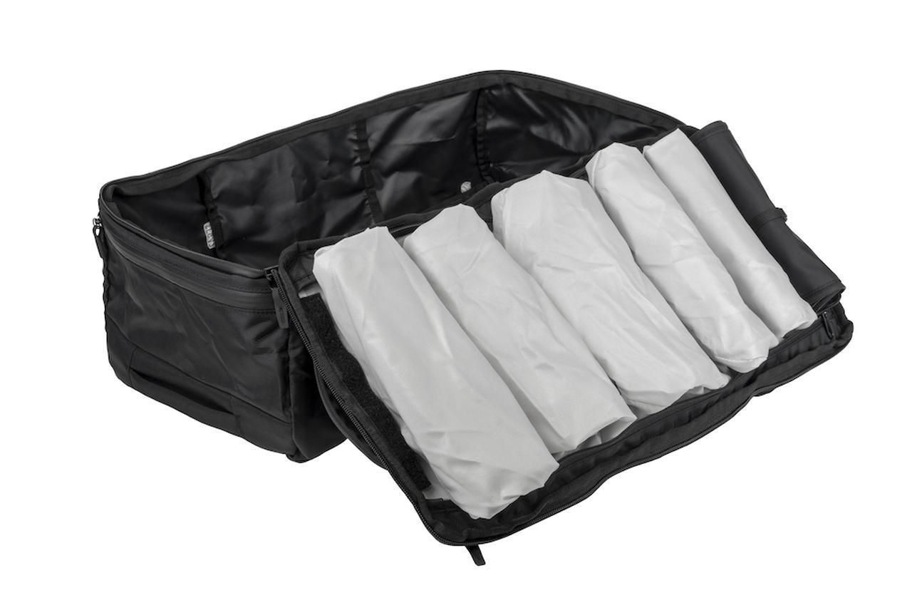 画像1: 「SEG42 One Bag」の容量は42L。トラベルにぴったりな整理整頓パック