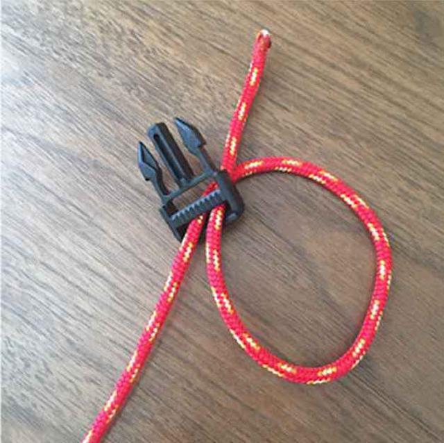 画像1: パラコードブレスレットの編み方を写真付きで解説! パラコードを二本使ったコブラ編みを紹介!