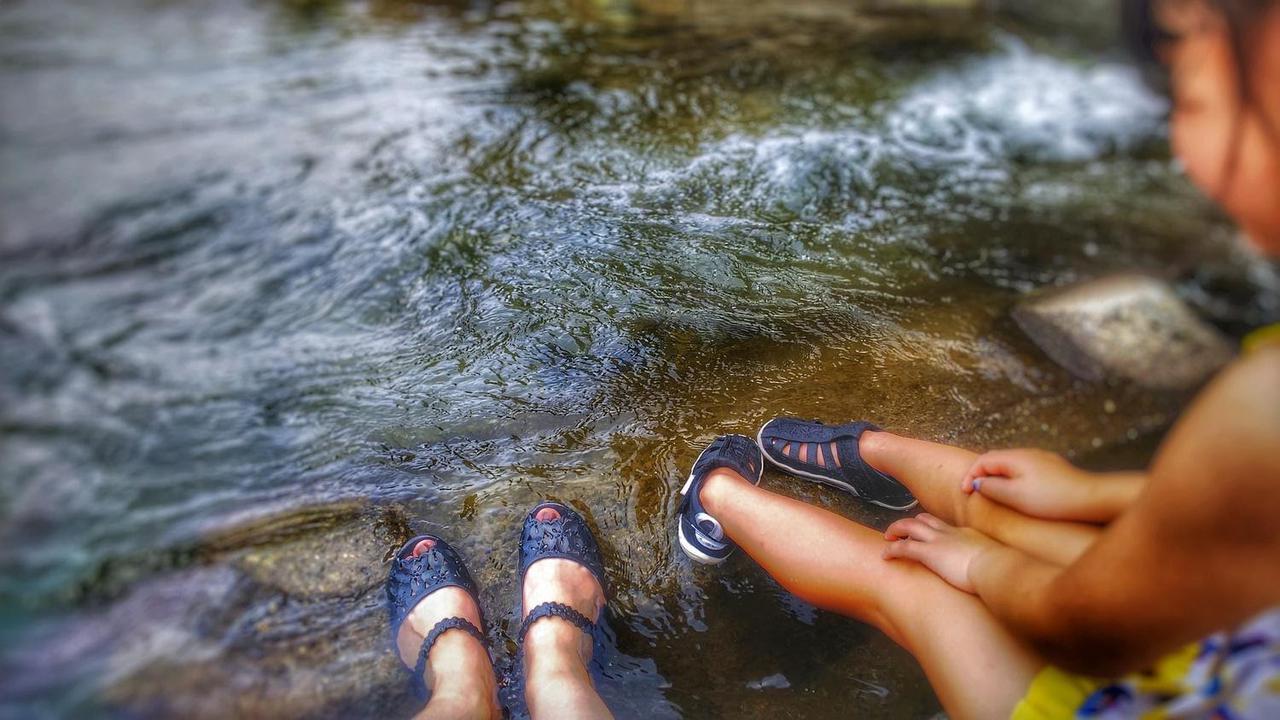 画像: 【キッズ用シューズ】川での水遊びに必須! おすすめのキッズウォーターシューズ7選 - ハピキャン(HAPPY CAMPER)