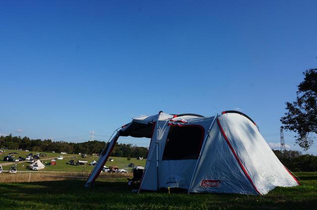画像: 【家族でキャンプ】コールマン「タフスクリーン2ルームハウス+」 遮光性抜群で快眠 - ハピキャン(HAPPY CAMPER)