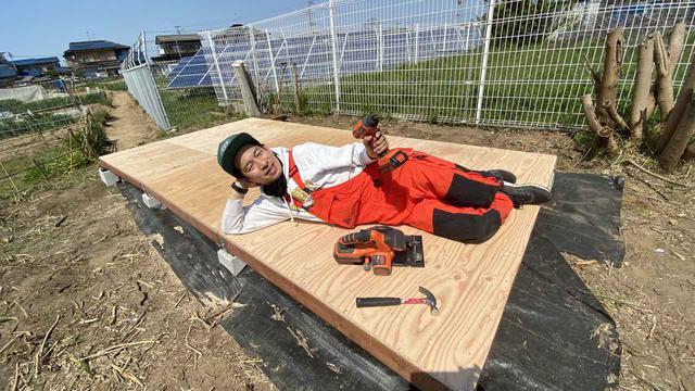 画像: 【キャンプ場をDIY】大苦戦、タケトの小屋作り!小屋の基礎に土台&床板がはまらない!?【#12】【#13】 - ハピキャン(HAPPY CAMPER)