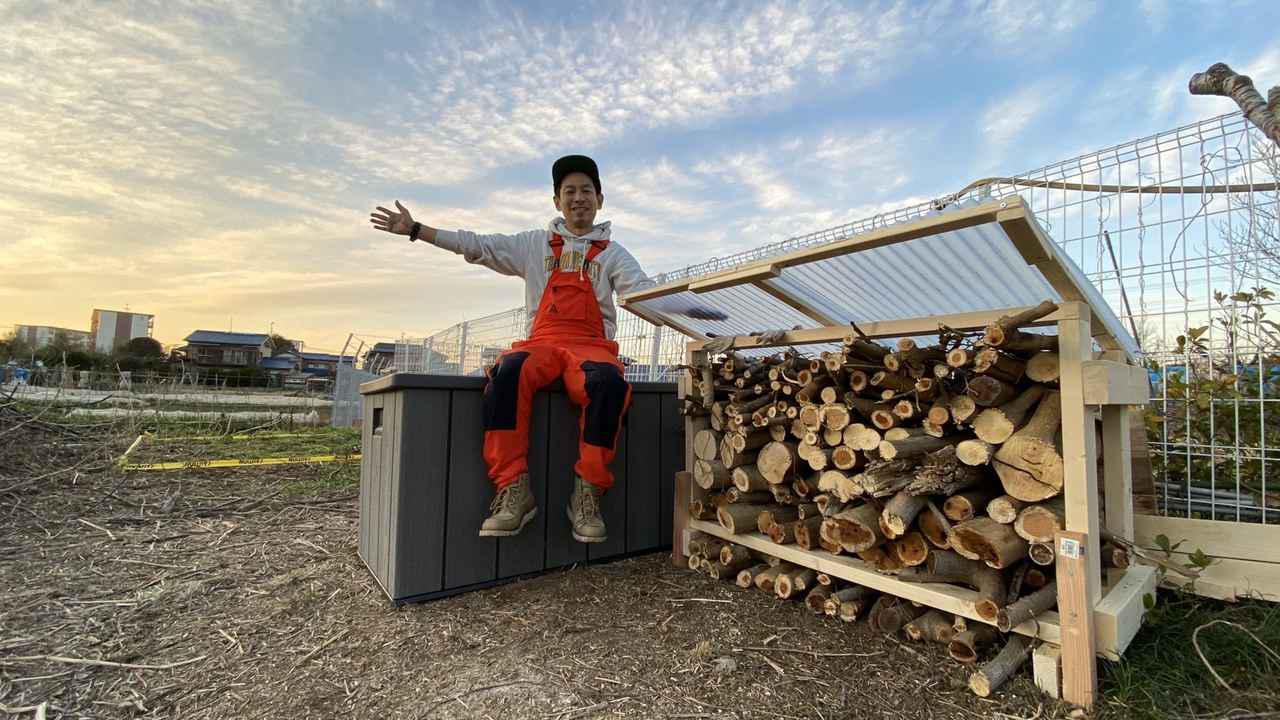 画像: 【キャンプ場をDIY】キャンプ場に薪棚を作ろう!DIY芸人タケトの師匠がやってきた!チェーンソーなど大型工具が大活躍【#4】 - ハピキャン(HAPPY CAMPER)