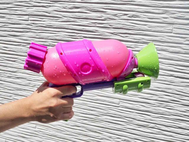 画像: 大人も楽しい!強力な水鉄砲(ウォーターガン)7選 大人気ゲーム・スプラトゥーンの水鉄砲も! - ハピキャン(HAPPY CAMPER)