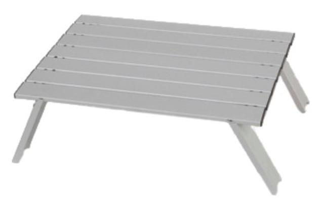 画像1: インドア派キャンパーにおすすめ!テーブル・ランタンを使って室内キャンプ