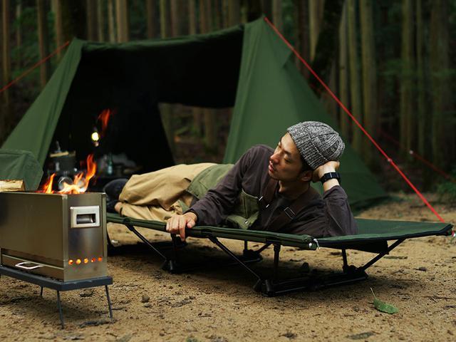 画像1: 焚き火キャンプ好き必見! DODの「タキビコット」をレビュー! ベンチとしても優秀