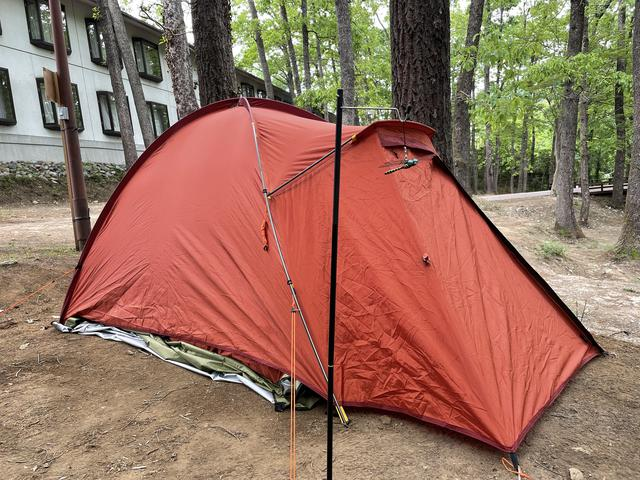 画像: 筆者撮影:完成〜!の後は、テントのサイドには「オニヤンマくん」を設置!