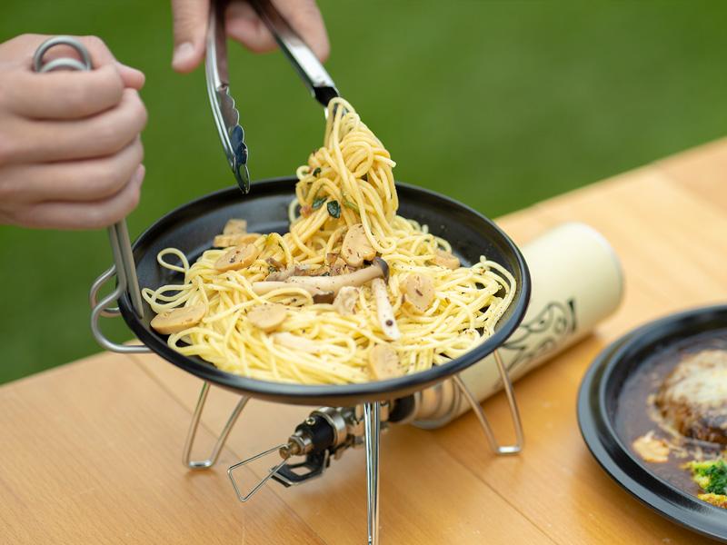 画像: 調理もできて皿にもなるフタ
