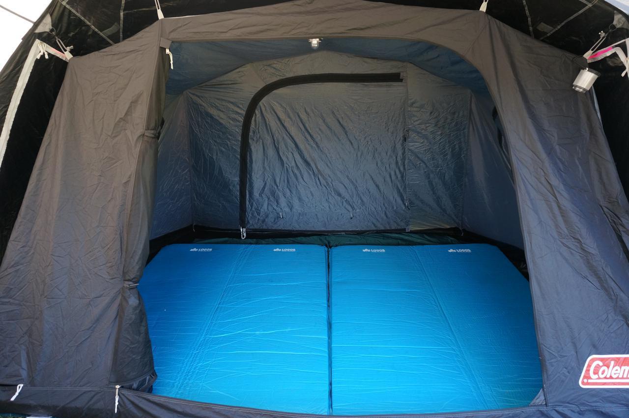 画像: ロゴスのインフレーターマットは極厚で寝心地最高!ファミリーキャンプにおすすめ - ハピキャン(HAPPY CAMPER)