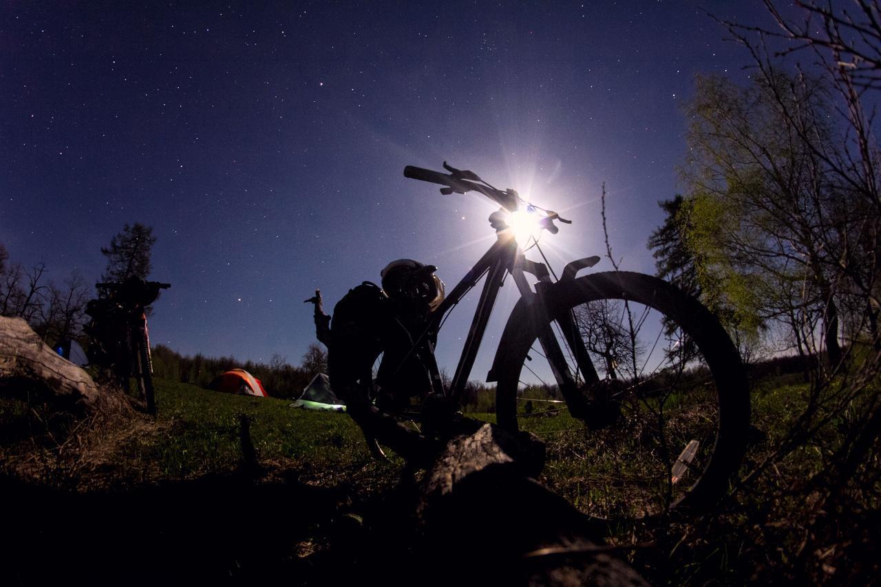 画像: 自転車のおすすめ最強ライト3選! 安全、快適にサイクリング! - ハピキャン(HAPPY CAMPER)