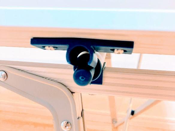画像: 最後だけC型の接続部に上から押し込んではめこみます。