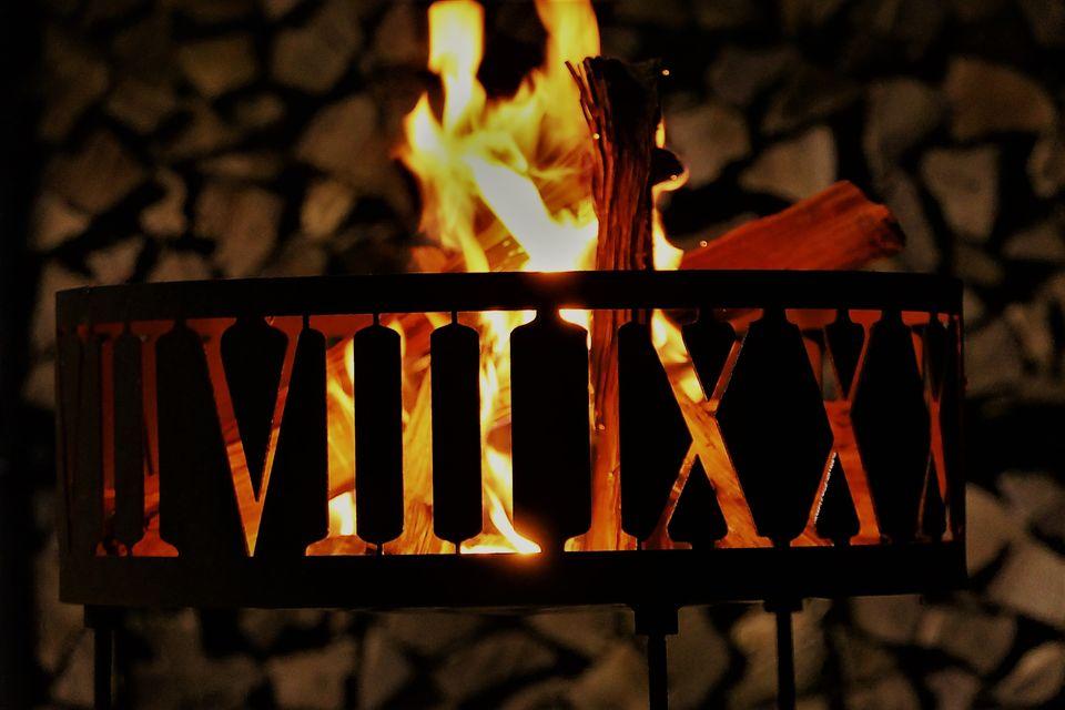 画像12: 「おぎやはぎのハピキャン」で使った焚き火台11選!ソロ・グループ向きなどに分けておすすめをご紹介