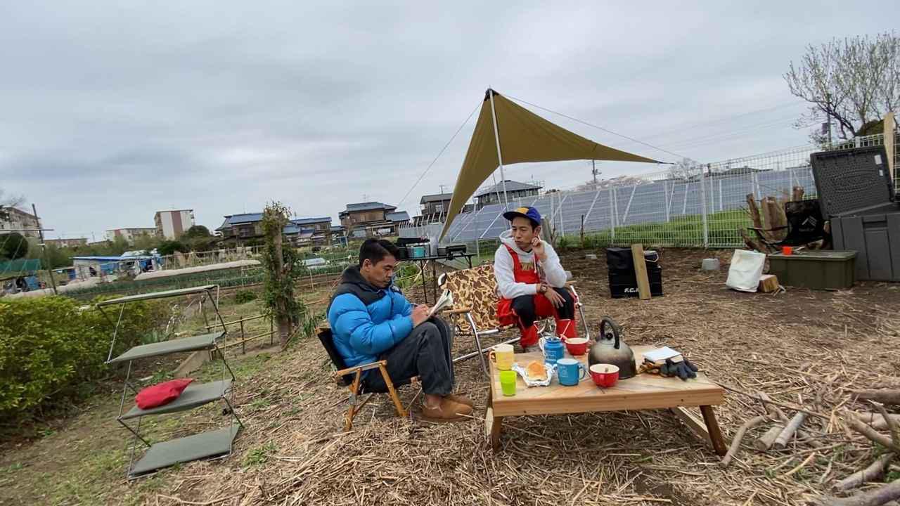 画像: 【キャンプ場をDIY】小屋キットがキャンプ場に到着!大人気キャンプ誌『fam_mag』の取材もやってきた!【#10】【#11】 - ハピキャン|キャンプ・アウトドア情報メディア