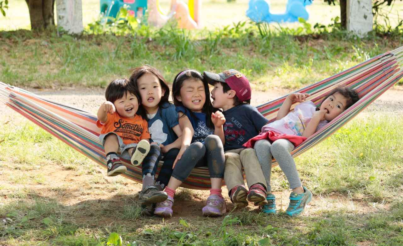 画像: 【ママキャンパーがお答えします】寝相の悪い子供の寝袋問題! 体験談と解決策を紹介 - ハピキャン キャンプ・アウトドア情報メディア
