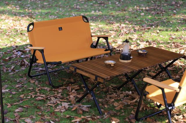 画像: 二人掛けベンチ
