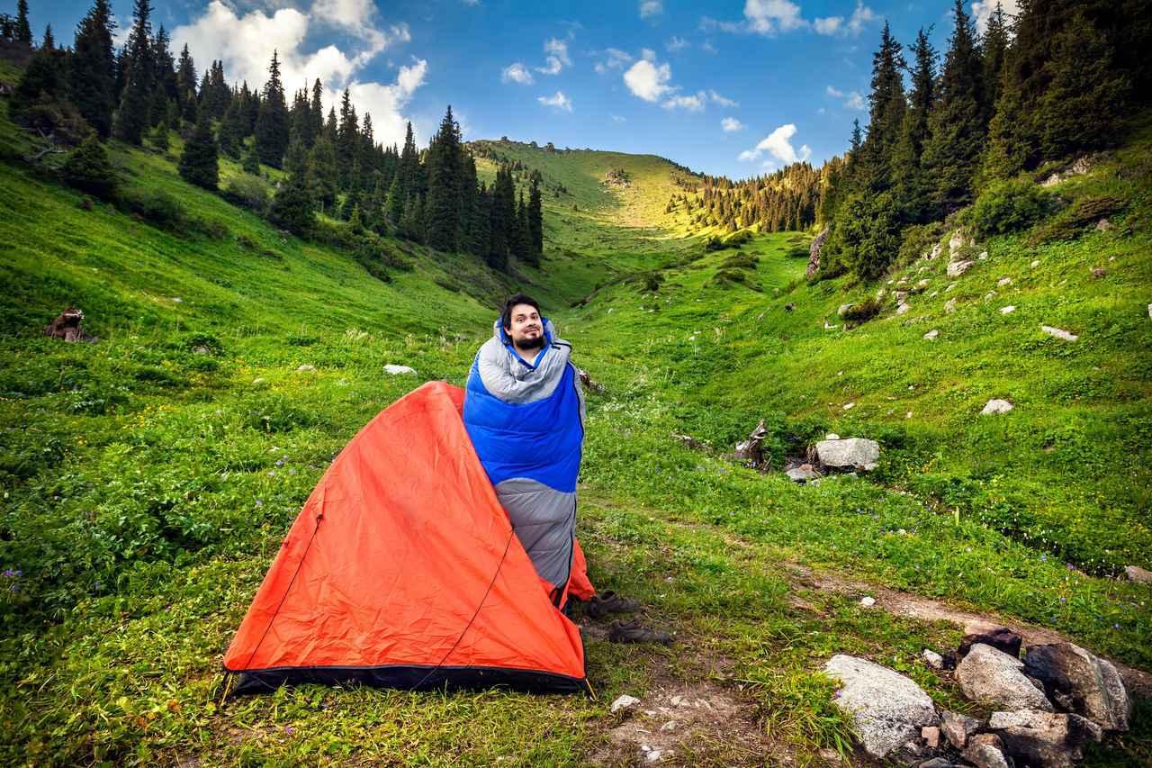 画像: キャンプ初心者向けシュラフ(寝袋)8選 春・夏・秋の3シーズン使える物がおすすめ - ハピキャン|キャンプ・アウトドア情報メディア
