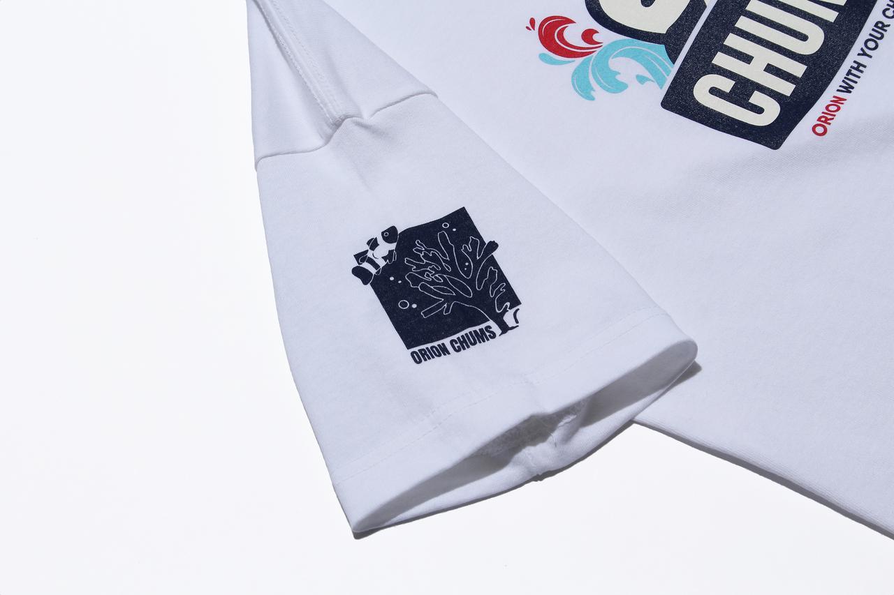 画像: Tシャツの袖部には「沖縄の美ら海をいつまでも」という想いをロゴマークで表現。