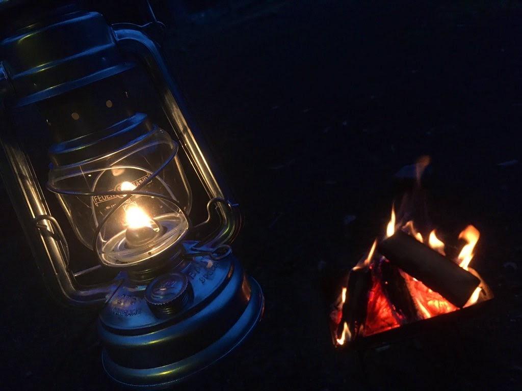 画像: オイルランタン「フュアーハンドランタン」を徹底レビュー! ソロキャンプにもおすすめ - ハピキャン キャンプ・アウトドア情報メディア