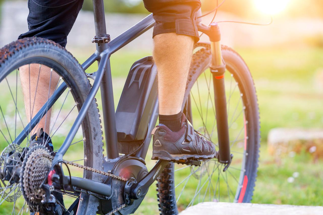 画像: アウトドアでも大活躍!スタイリッシュで快適!次世代の電動自転車「e-BIKE」の魅力とは?