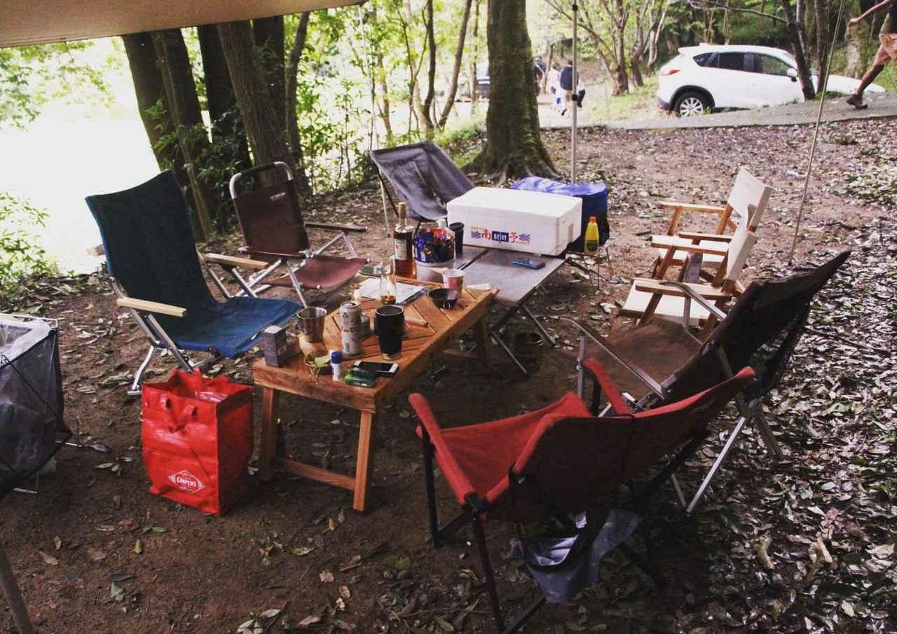 画像: チェアも他のキャンプ道具の例に違わず 数多のキャンプ道具の沼に漂っています