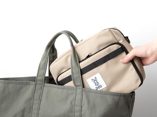 画像1: DODブランドブック第三弾!キャンプに日常に旅行に、うっかり毎日使ってしまうトランスフォームショルダーバッグを宝島社より発売!