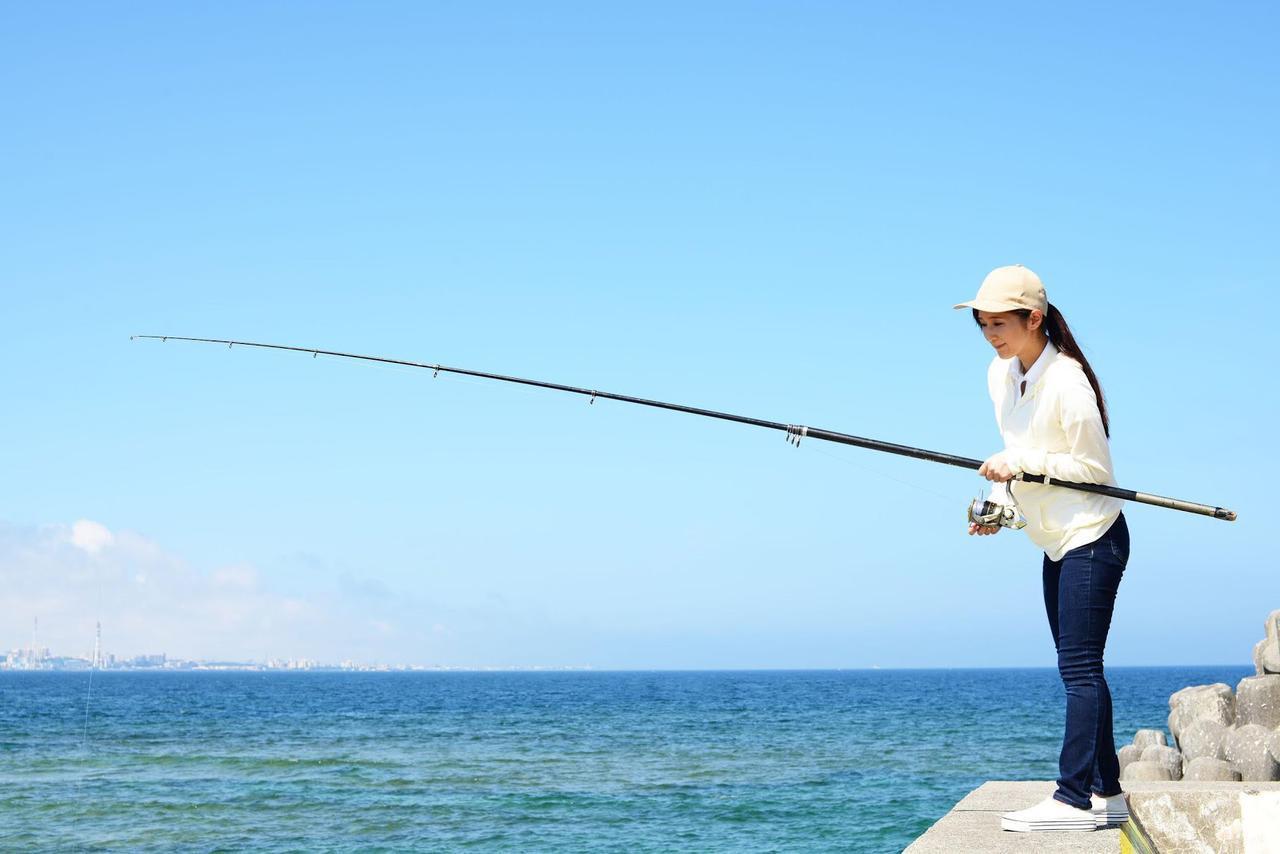 画像: 【レシピ付き】海釣りで初心者が釣れる魚の種類とは? 魚を釣って晩ごはんの食材に - ハピキャン キャンプ・アウトドア情報メディア