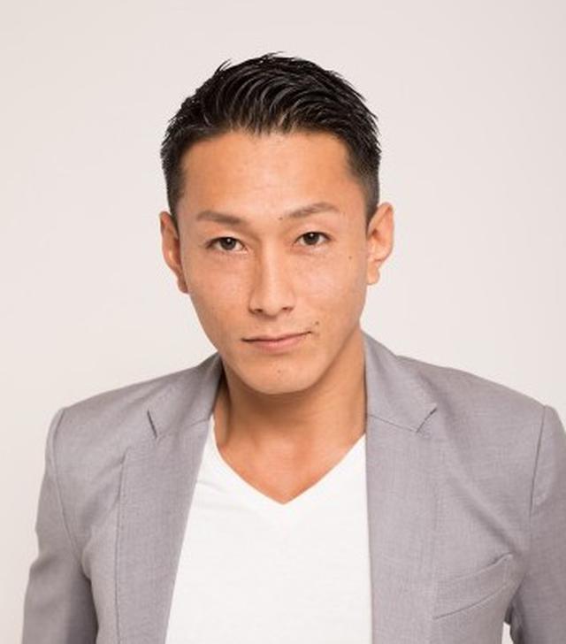 画像: 黒石高大 格闘家、俳優、モデル。前田日明プロデュースの総合格闘技大会「THE OUTSIDER」に選手として参加した際、大敗を喫するも、そのファイティング・スピリットが観衆から熱い支持を受け、それがきっかけで、オラオラ系ファッション誌『SOUL JAPAN』(現在休刊中)のモデルを務めるようになる。 www.wo-gr.jp