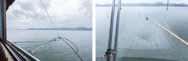画像: 水底に沈めておいた四つ手網を、ウインチで引き上げけ、網にかかった魚などを長柄の小網で叩くようにすくう
