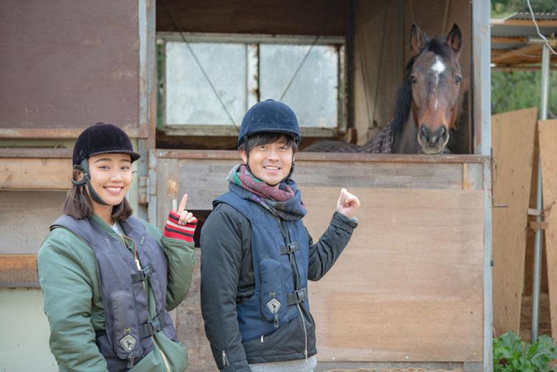 画像1: まずは馬へご挨拶!