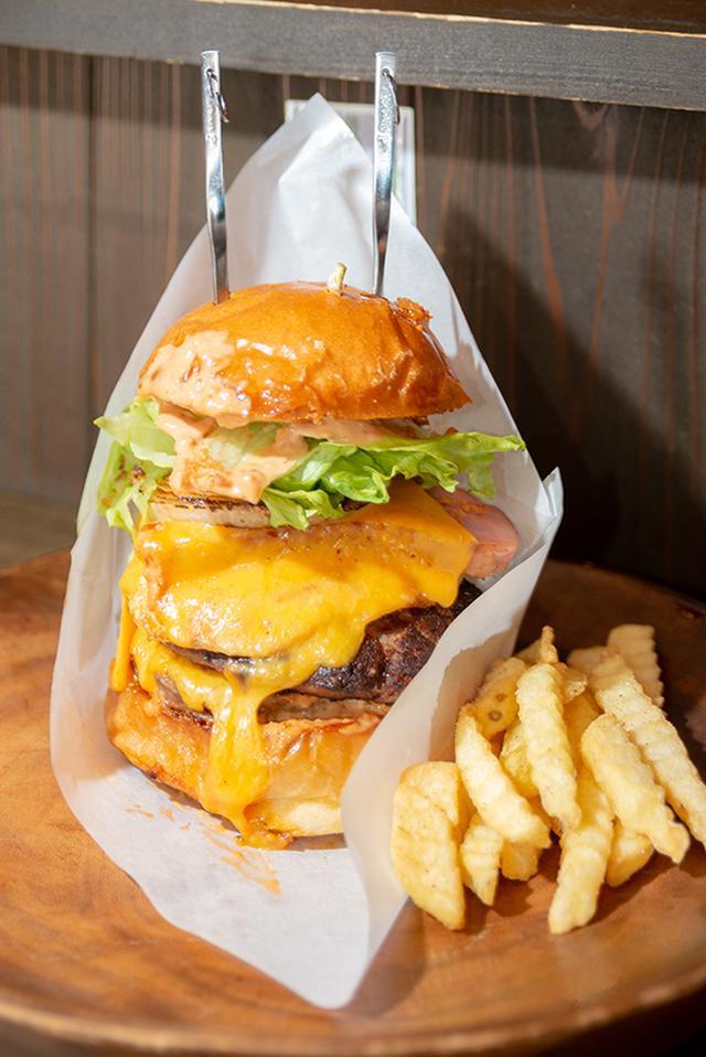 画像: ど〜ん!アメリカンなビッグハンバーガーできました!!