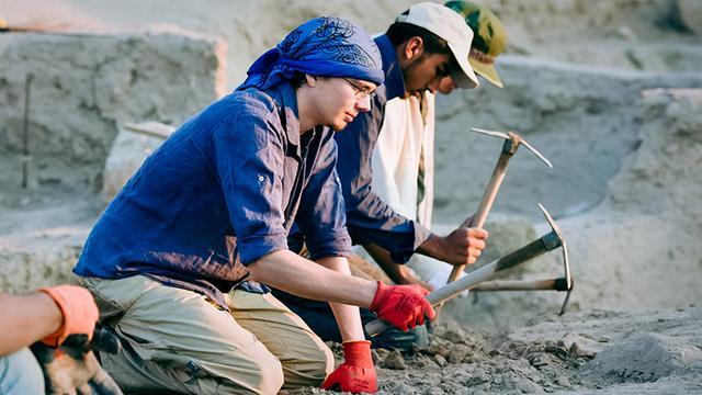 画像: カマン・カレホユック遺跡では発掘作業は6〜9月に行われる。日中の気温は40℃を超えることもある