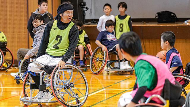 画像: 諸隈有一さん。大阪府の車いすバスケチーム「B-Spirits」の代表でもある