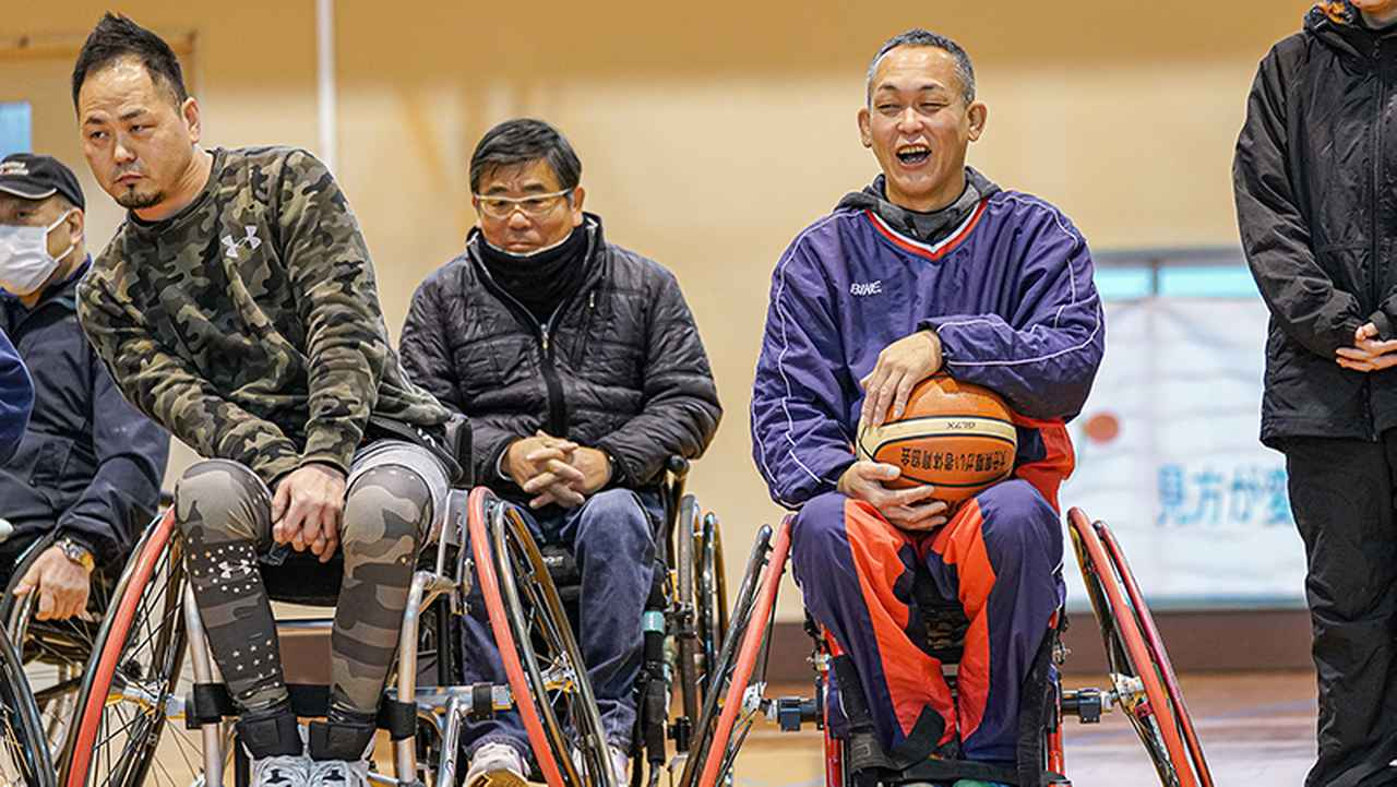 画像: 川西恵三さん(右)