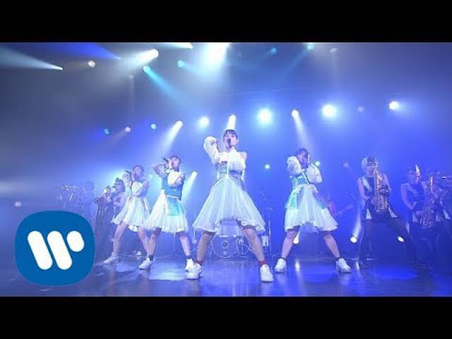 画像: TEAM SHACHI×ロックマン/MEGAMAN「Rocket Queen feat. MCU」【Official Live Music Video】 www.youtube.com