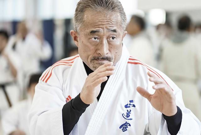 画像: 角田信朗 公式サイト