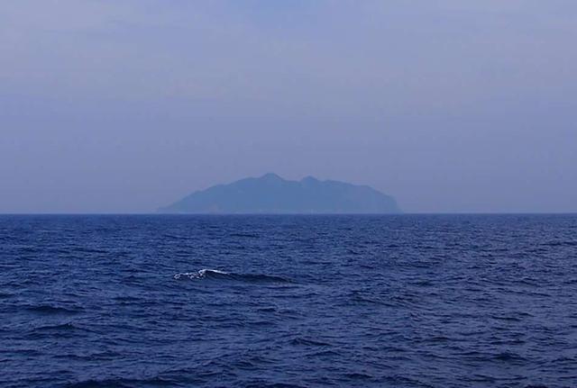 画像: 玄界灘にポツンと浮かぶ「神宿る島」沖ノ島