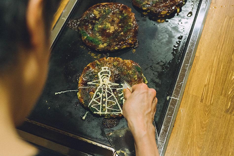 画像5: おかる:「お好み焼き」を本場・大阪で。遊び心溢れるマヨネーズアートは必見