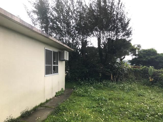 画像1: 写真家・藤代冥砂がシンプルに暮らす家「沖縄のしろ」