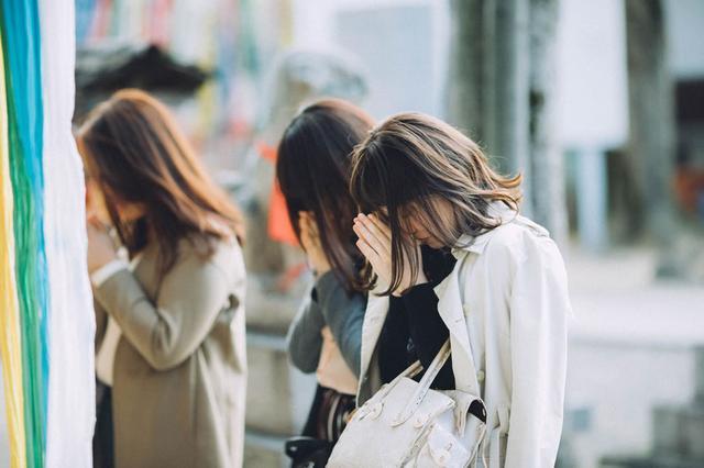 画像2: 布忍神社: 女子旅におすすめ。現代アーティスト・イチハラヒロコによる恋みくじ