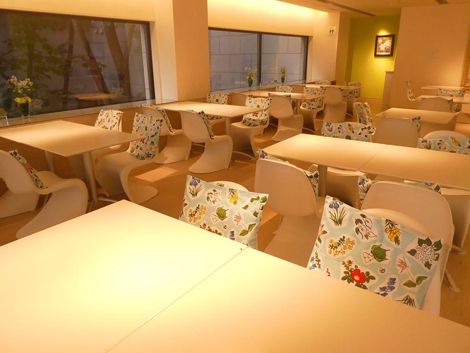 画像: 六花亭帯広本店 2階喫茶室