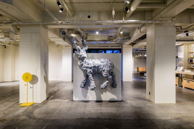 画像: エントランスに位置する「Gallery9.5」では様々な展示やイベントが開催されている