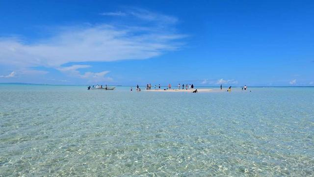 画像: 世にも珍しい「船で渡る砂浜」、百合が浜