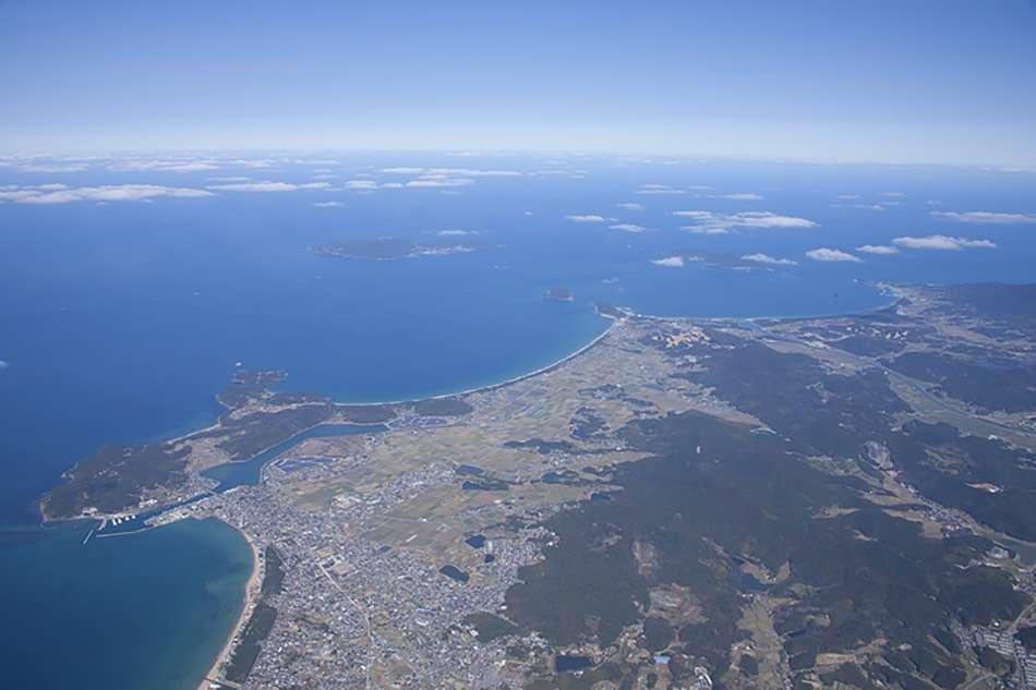 画像: 沖ノ島や大島が浮かぶ、九州北西部の玄界灘