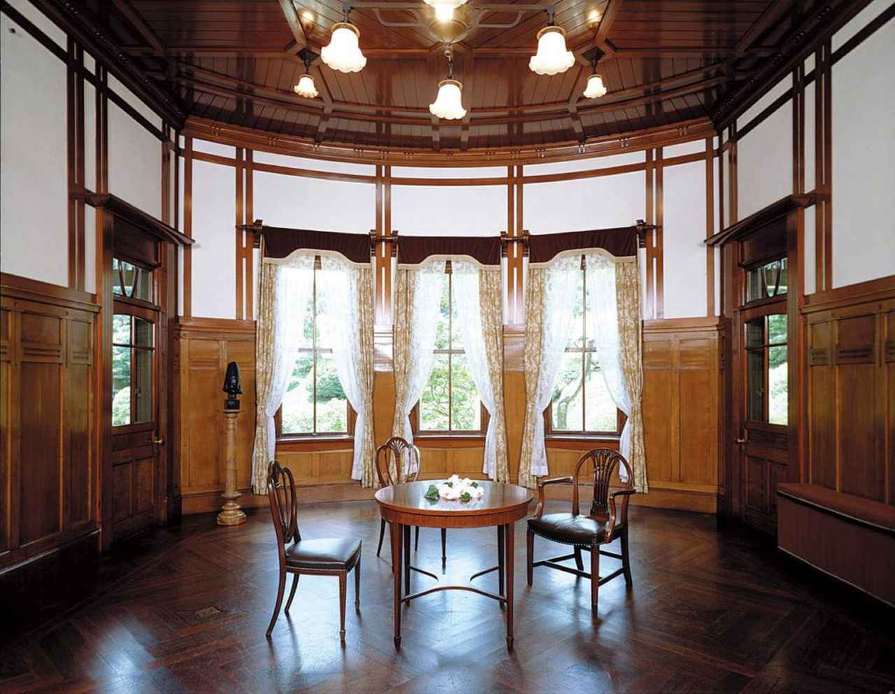 画像2: 西日本工業倶楽部会館(旧松本邸):ウェディングも挙げられる、憧れのアール・ヌーヴォー建築