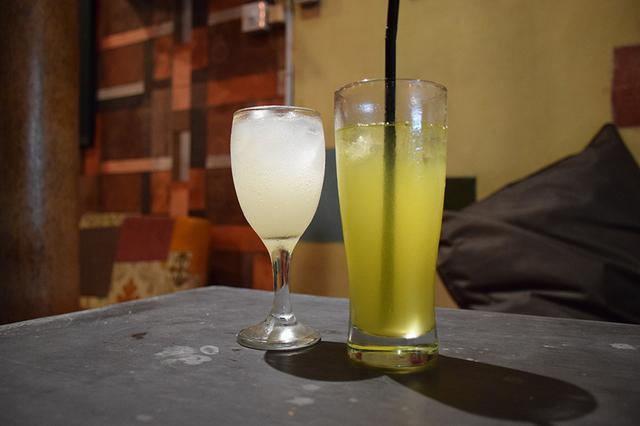 画像: ライスワインの「ブレム」、ジャムウの「サリ トゥムラワッ(春ウコン)」