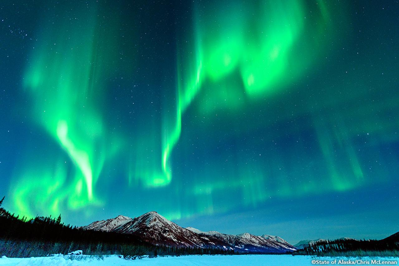 画像: 神秘の自然現象、オーロラを眺める旅