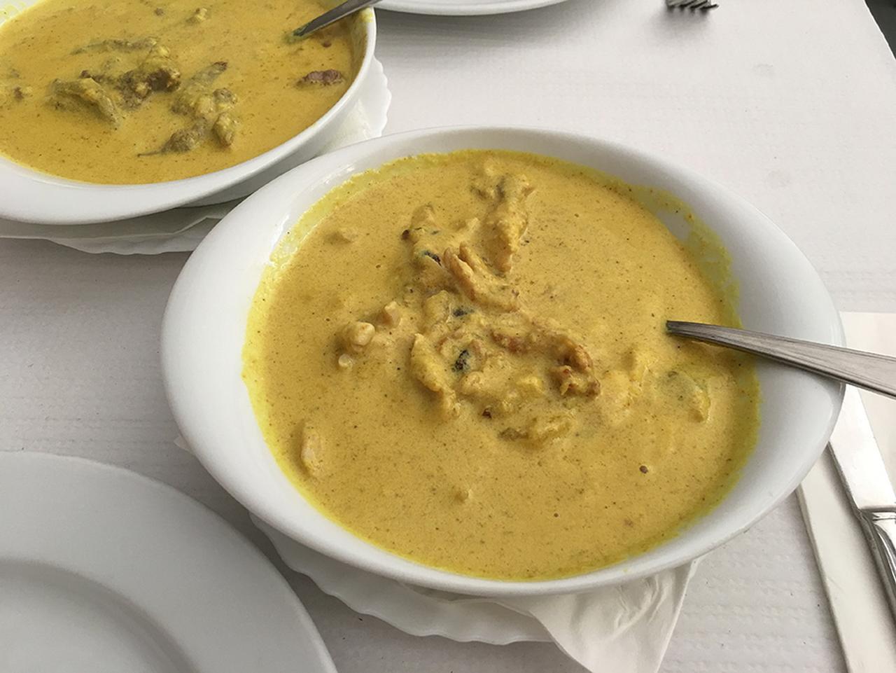 画像2: ポルトガルで食べた「Caril」
