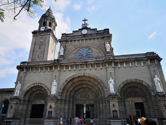 画像: マニラ大聖堂 イントラムロスを代表するキリスト教建築のひとつ