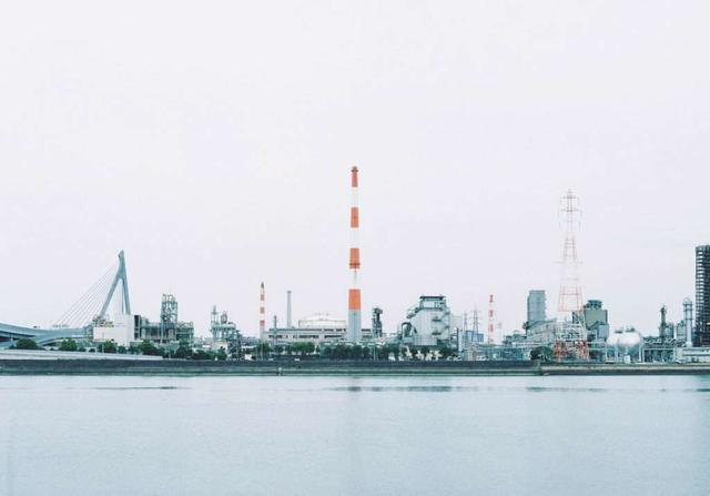 画像: 宇部市の工場群