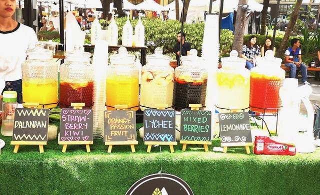 画像: 暑い日は特に冷たいフルーツジュースが美味しい