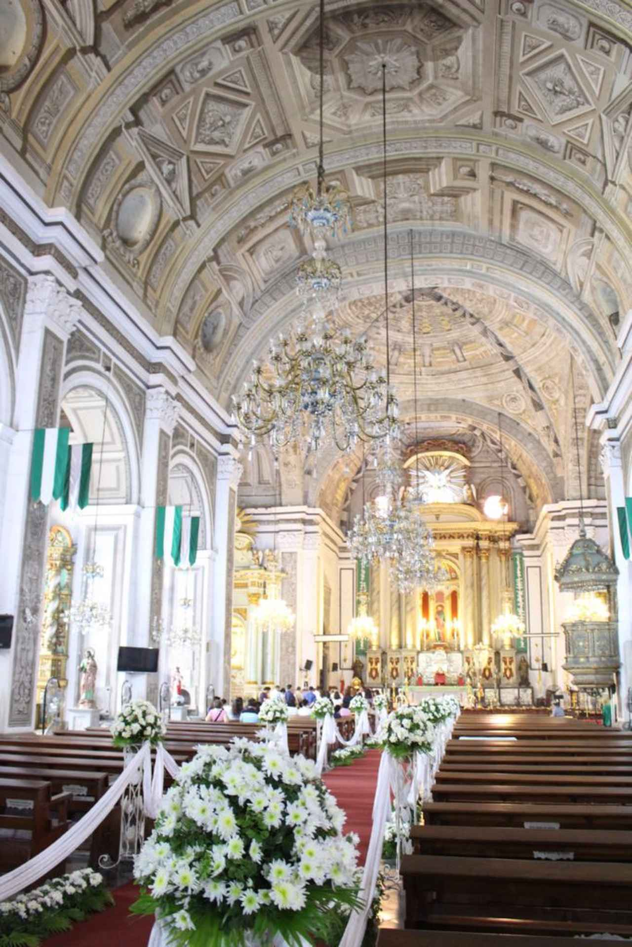 画像: サン・アグスティン教会は、フィリピン人あこがれの結婚式場としても有名 Photo by Rising sun